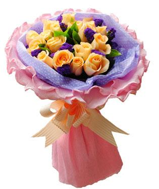 19朵香槟玫瑰,绿叶、紫色勿忘我点缀