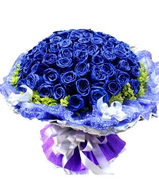 99枝蓝玫瑰,外围黄莺 (蓝玫瑰是特殊花材,要提前天3左右咨询客服预定)