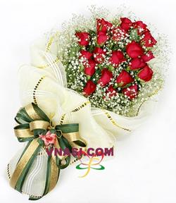 20枝顶级红玫瑰,满天星丰满.