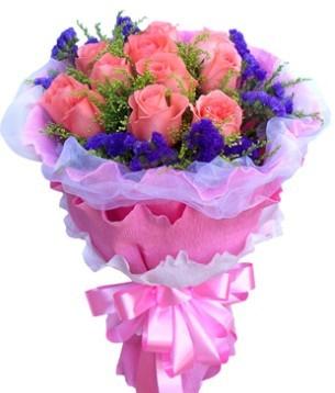 11枝粉玫瑰,搭配黄莺,紫勿忘我
