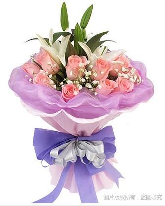 粉玫瑰16枝,1枝白色香水百合,满天星适量