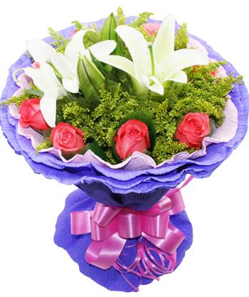 9枝粉玫瑰,两枝白百合,黄莺点缀