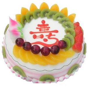 8寸祝寿蛋糕:时令水果装饰