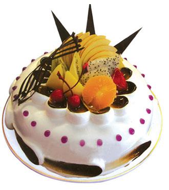8寸圆形鲜奶水果蛋糕,时令水果,巧克力插片。