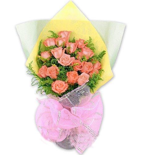 粉色玫瑰19枝,黄莺点缀