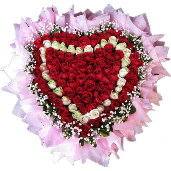 69枝红玫瑰+30枝白玫瑰