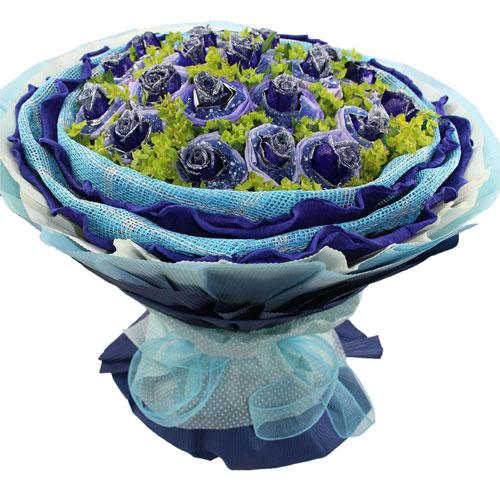 21枝蓝色玫瑰单独包装,叶上黄金丰满